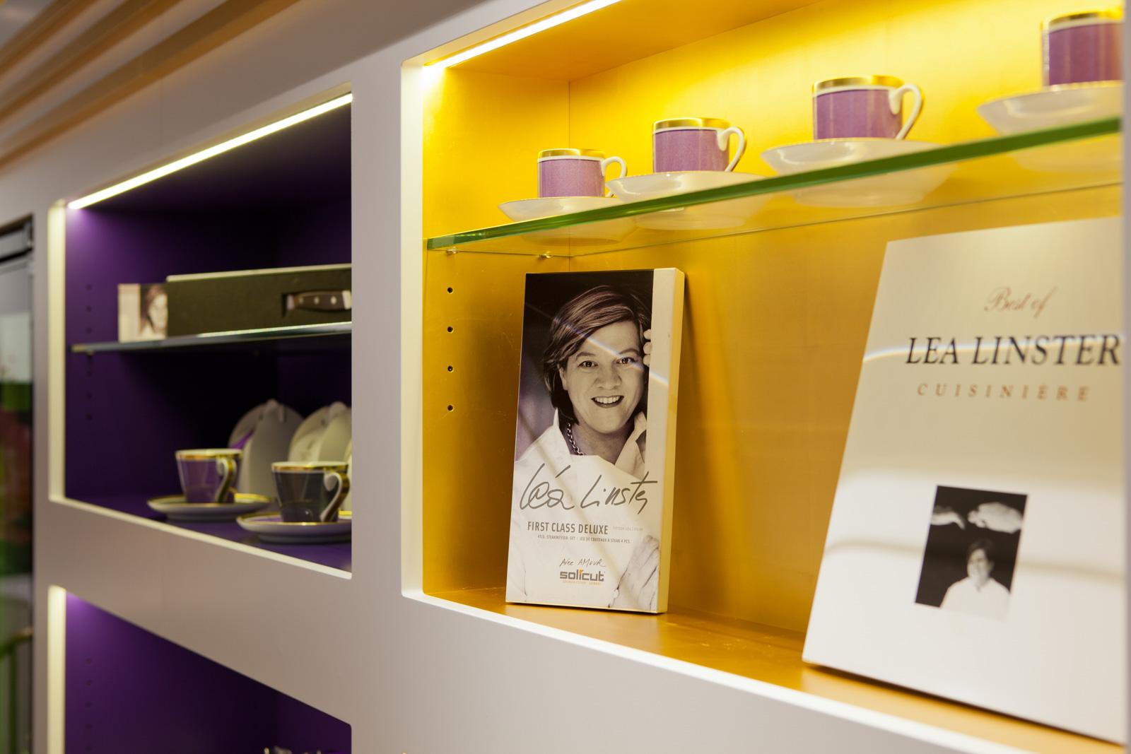 Lea Linster Madeleines Bücherregal